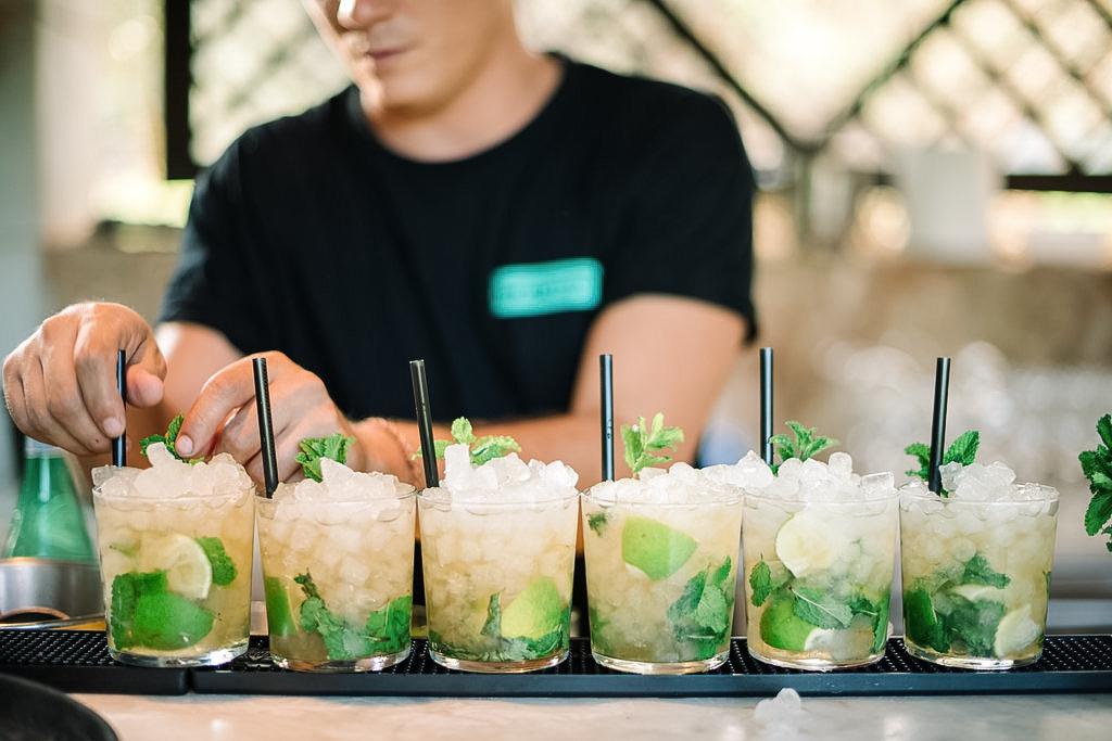 The Bar Services - The Bar Ibiza